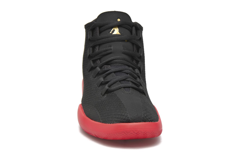 Chaussures à lacets Jordan Jordan Reveal Noir vue portées chaussures