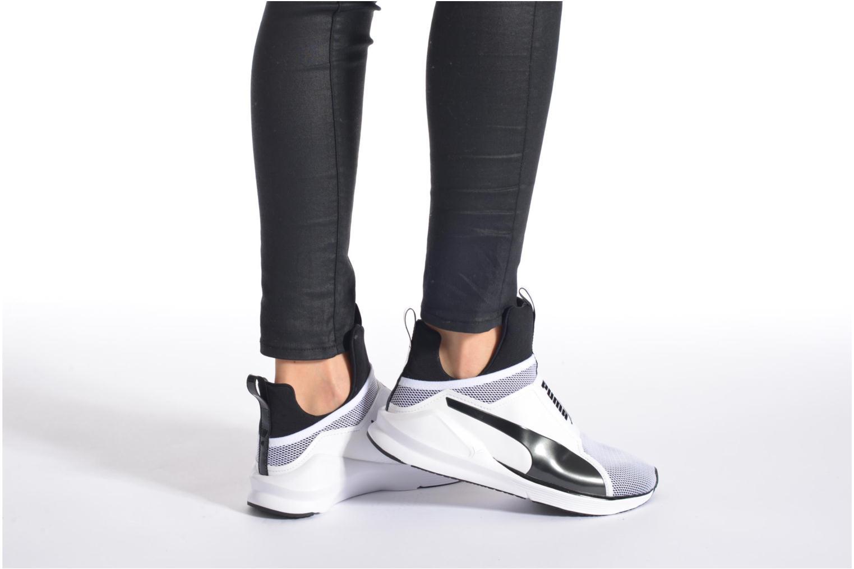 Chaussures de sport Puma WNS Fierce Core Blanc vue bas / vue portée sac