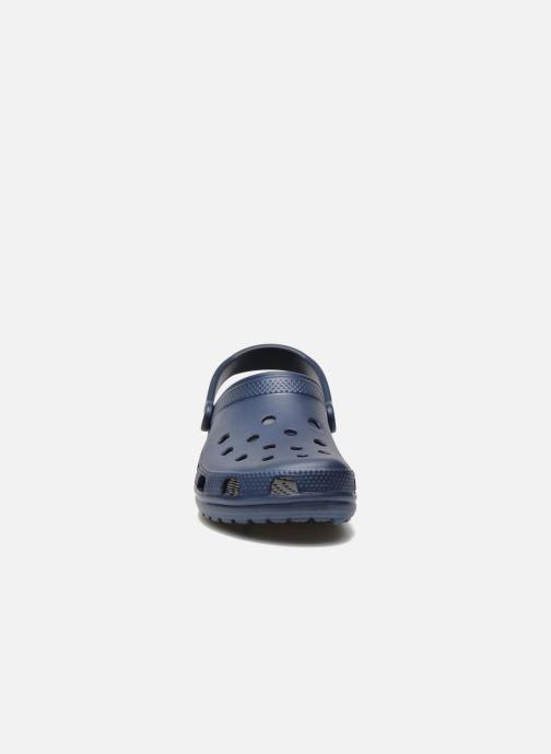 Sandali e scarpe aperte Crocs Classic H Azzurro modello indossato