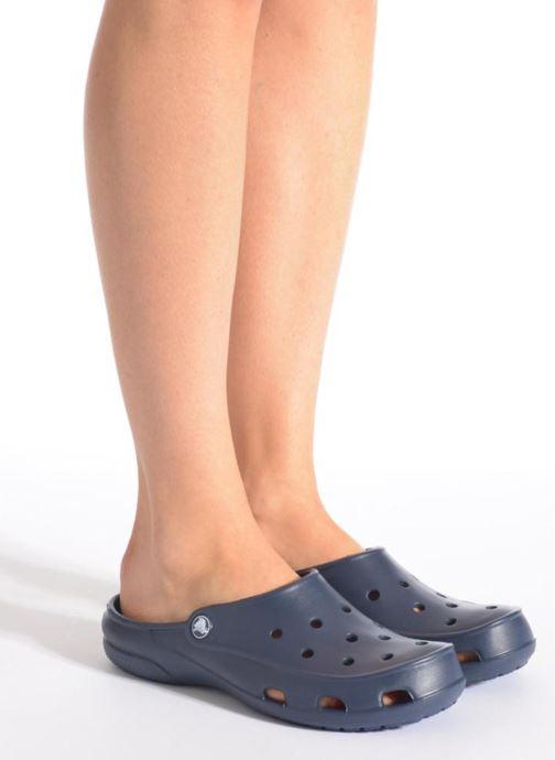 Mules et sabots Crocs Crocs Freesail Clog W Bleu vue bas / vue portée sac