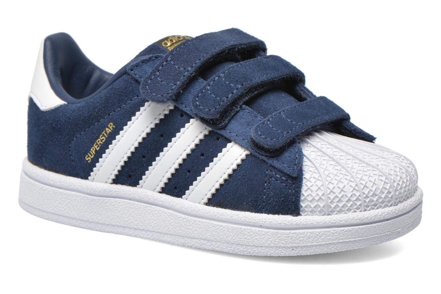 Baskets Adidas Originals Superstar CF I Bleu vue détail/paire