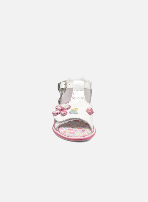 Sandales et nu-pieds Catimini Cicadelle Blanc vue portées chaussures
