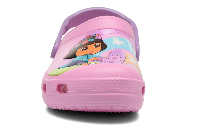 Sandales et nu-pieds Crocs CC Dora Butterfly Cl Rose vue portées chaussures