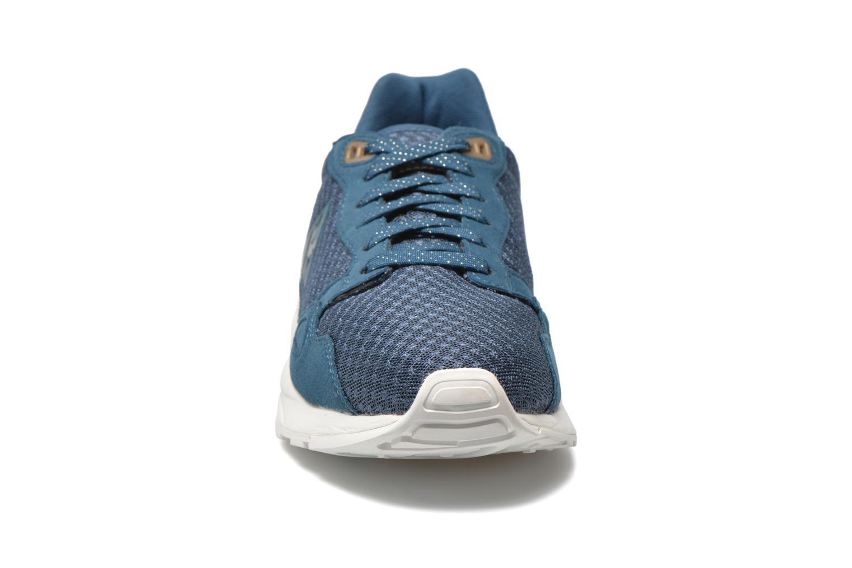 Baskets Le Coq Sportif Lcs R900 W Mesh Bleu vue portées chaussures
