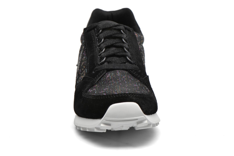 Baskets Le Coq Sportif Eclat W Rainbow Jacquard Noir vue portées chaussures