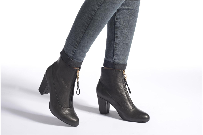Bottines et boots Shoe the bear Astrid L Noir vue bas / vue portée sac