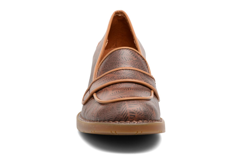 Mocassins Art Bristol 79 Marron vue portées chaussures