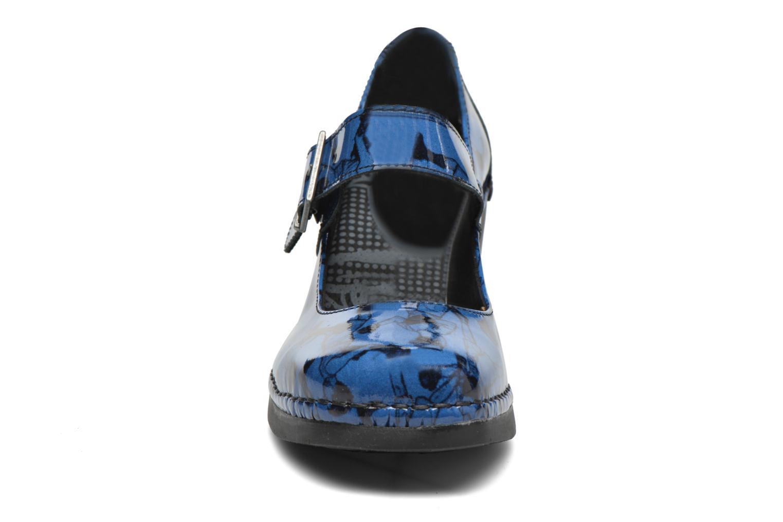 Escarpins Art Cannes 557 Bleu vue portées chaussures