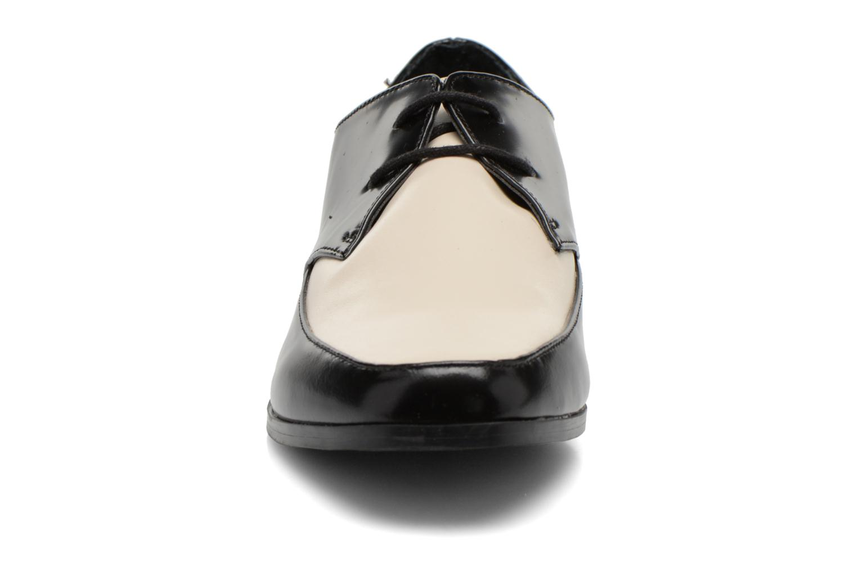 Chaussures à lacets Aldo Flyta Noir vue portées chaussures