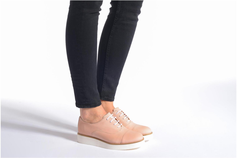 Chaussures à lacets Aldo Ocayria Rose vue bas / vue portée sac