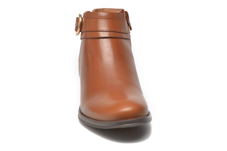 Bottines et boots Georgia Rose Eperdreau Marron vue portées chaussures