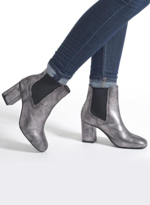 Ankle boots Bronx Indira Bronze and Gold view from underneath / model view