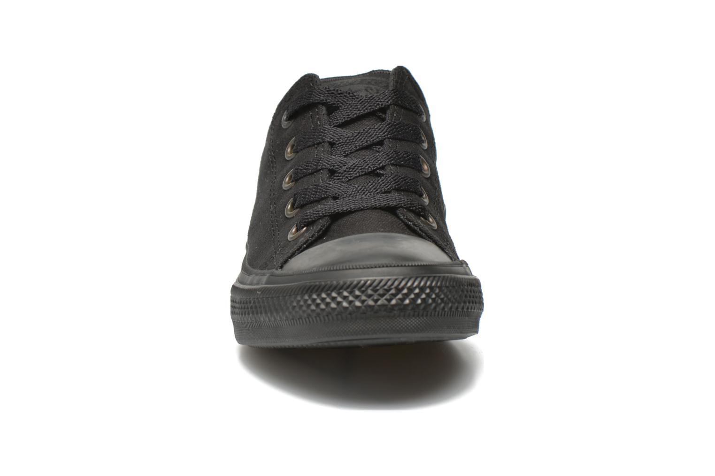 Baskets Converse Chuck Taylor All Star II Ox Noir vue portées chaussures