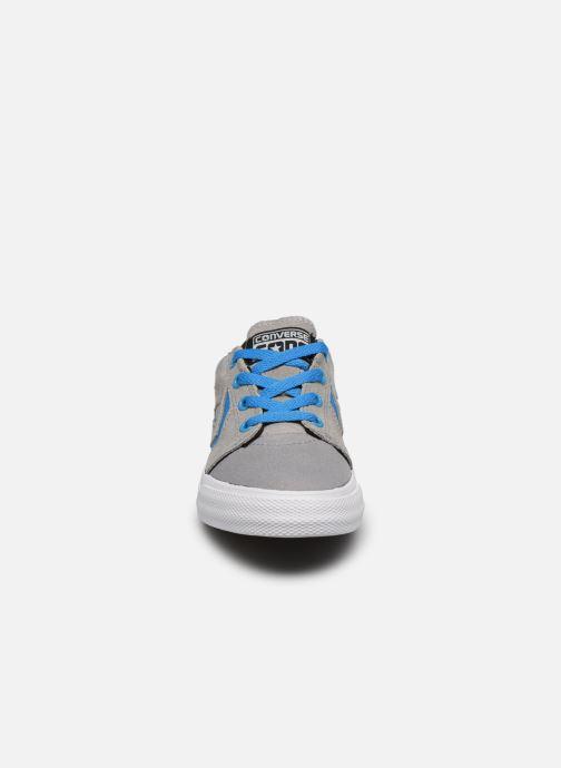 Baskets Converse Cons Tre Star Ox Gris vue portées chaussures