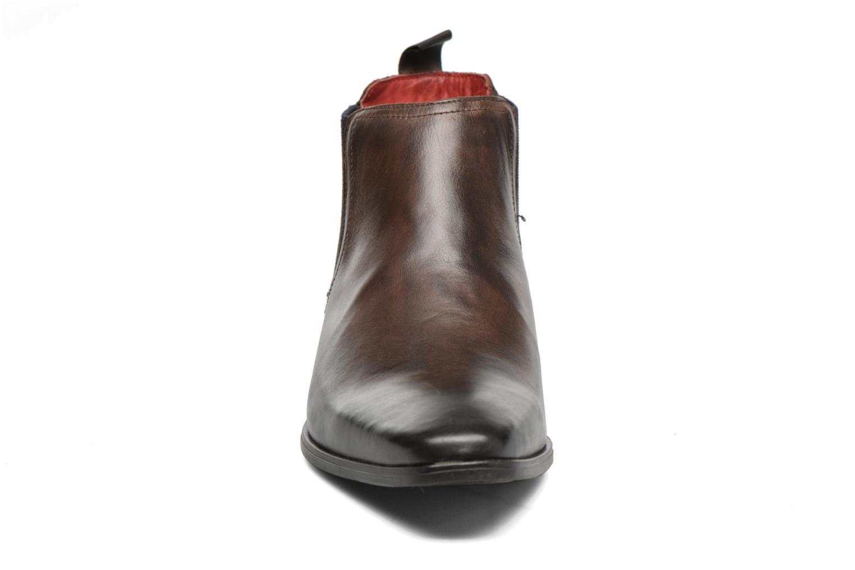 Bottines et boots Base London William Marron vue portées chaussures