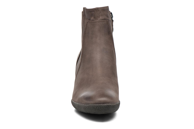 Bottines et boots Geox D AMELIA ST B D6479B Marron vue portées chaussures