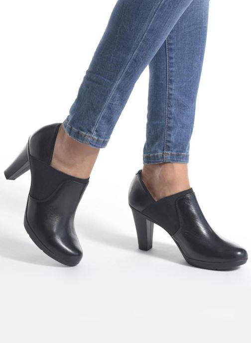 Bottines et boots Geox D INSPIRATION B D64R4B Noir vue bas / vue portée sac