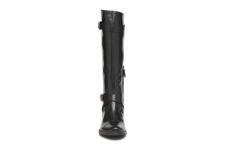 Stiefel Geox D MENDI ST D D6490D schwarz schuhe getragen
