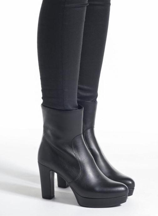 Bottines et boots Unisa Richar Noir vue bas / vue portée sac