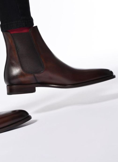 Bottines et boots Marvin&Co Luxe WASPEN - Cousu Goodyear Noir vue bas / vue portée sac
