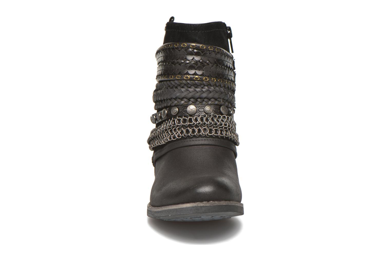 Bottines et boots Bullboxer Lalima Noir vue portées chaussures