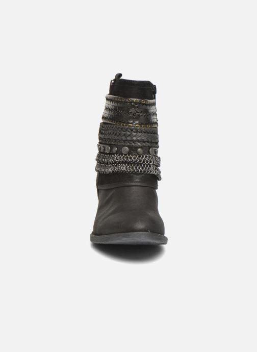 Bottines et boots Bullboxer Lipika Noir vue portées chaussures
