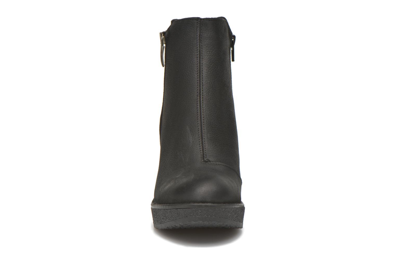 Bottines et boots Bullboxer Devaki Noir vue portées chaussures