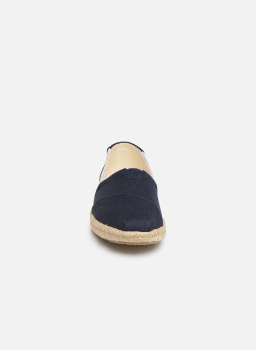 Espadrilles TOMS Alpargata Bleu vue portées chaussures