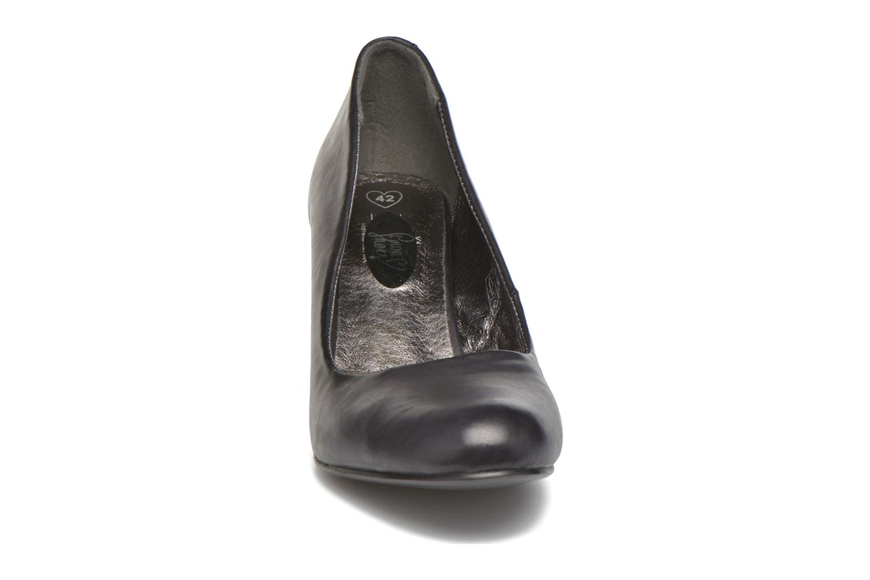 Zapatos de tacón I Love Shoes Thadi Size + Negro vista del modelo