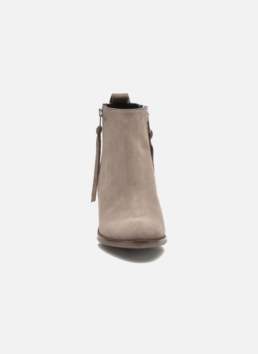 2d75d22f239 Billi Bi Iris (Beige) - Bottines et boots chez Sarenza (261273)
