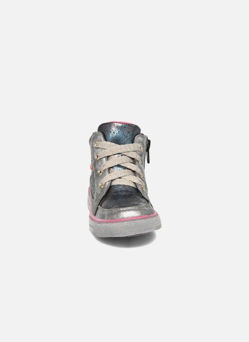 Baskets NA! Rimel Argent vue portées chaussures