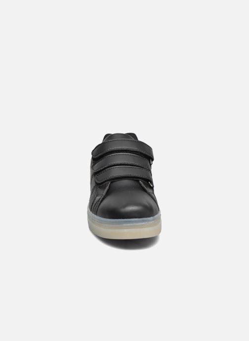 Sneakers Beppi Beps Light Nero modello indossato