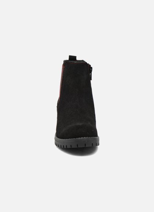 Bottines et boots Desigual Chelsea Noir vue portées chaussures
