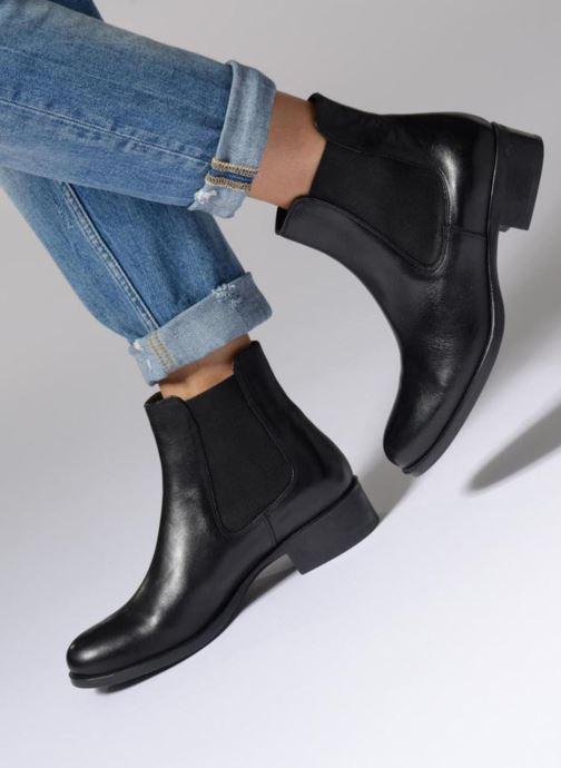 Bottines et boots Georgia Rose Abea Noir vue bas / vue portée sac