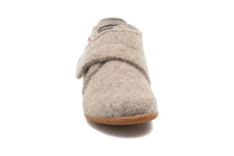 Chaussons Giesswein Oberstaufen Gris vue portées chaussures