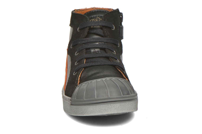 Baskets Art A060 Split Noir vue portées chaussures