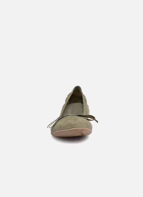 Ballerines Les P'tites Bombes Ella Vert vue portées chaussures