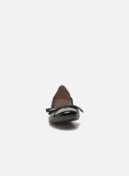 Ballerines Les P'tites Bombes Acajou Noir vue portées chaussures