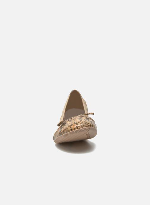 Ballerines Les P'tites Bombes Caprice Beige vue portées chaussures