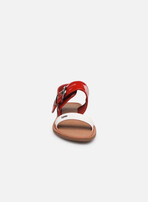 Sandalen Les P'tites Bombes Pervenche rot schuhe getragen
