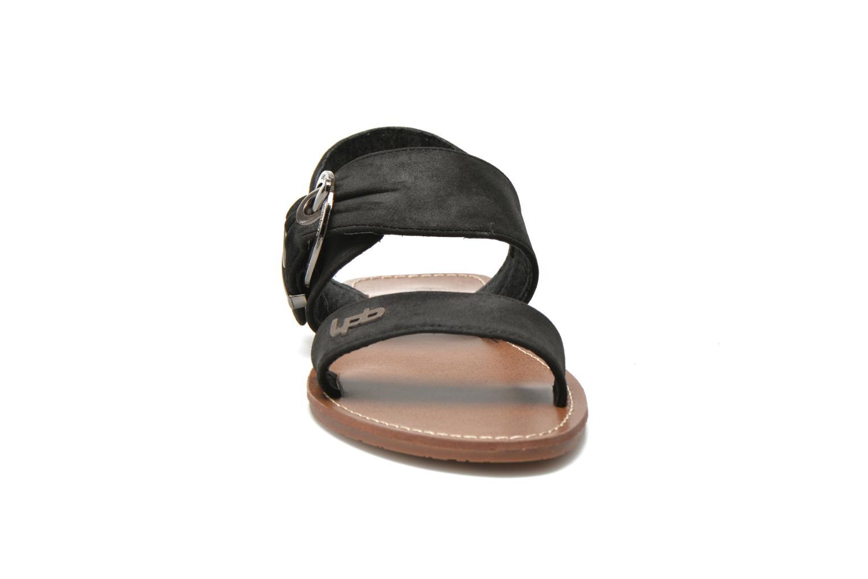 Sandales et nu-pieds Les P'tites Bombes Pervenche Noir vue portées chaussures
