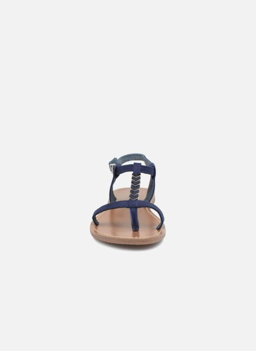 Sandales et nu-pieds Les P'tites Bombes PETUNIA Bleu vue portées chaussures
