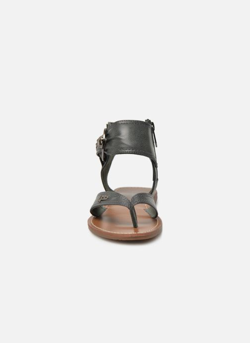 Sandales et nu-pieds Les P'tites Bombes Thalie Noir vue portées chaussures