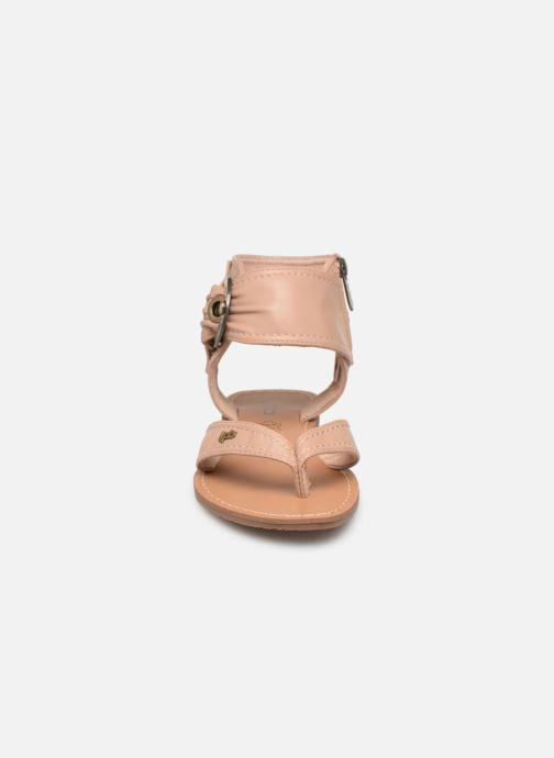 Sandales et nu-pieds Les P'tites Bombes Thalie Beige vue portées chaussures