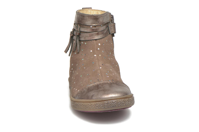 Bottines et boots Babybotte Ambalaba Beige vue portées chaussures