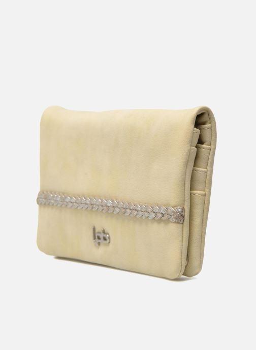 Portemonnaies & Clutches Les P'tites Bombes Portefeuille Brillant beige schuhe getragen