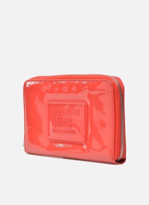 Marroquinería pequeña Les P'tites Bombes Compagnon Verni Rojo vista del modelo