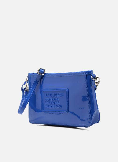 Mini Bags Les P'tites Bombes Pochette Verni blau schuhe getragen