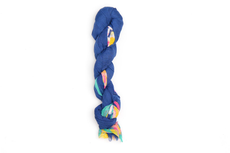 Echarpes et Foulards Les P'tites Bombes Echarpe à fleurs Bleu vue portées chaussures