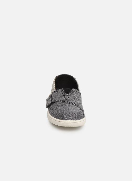 Baskets TOMS Seasonal Classics Kids Gris vue portées chaussures